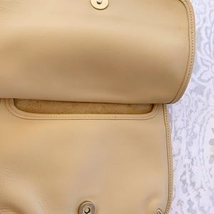 Coach Bags - Vintage Coach Saddle Crossbody